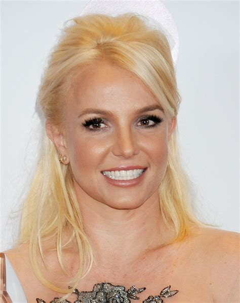 Breaking Britneys Out With New Style Told You by Best And Worst Hairstyles