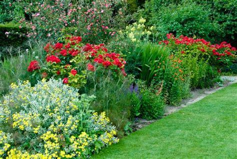 tintinhull garden somerset travel guide