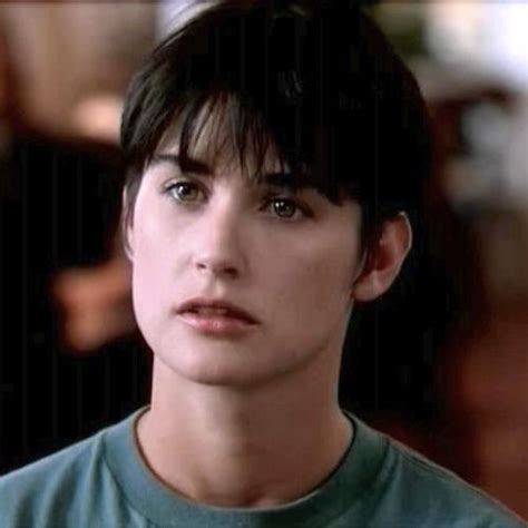 demi moore haircut in ghost we heart demi in ghost health and wellness pinterest