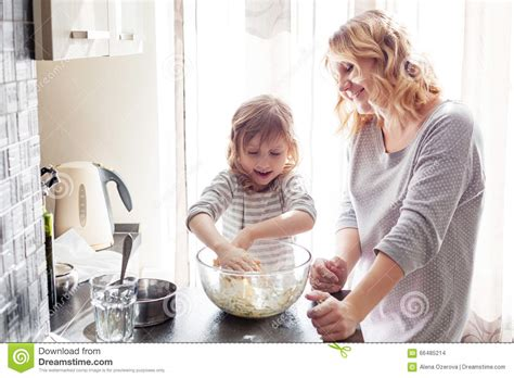 the knife mom used mother s day kitchen gifts rada blog mom cooking with daughter stock photo image 66485214