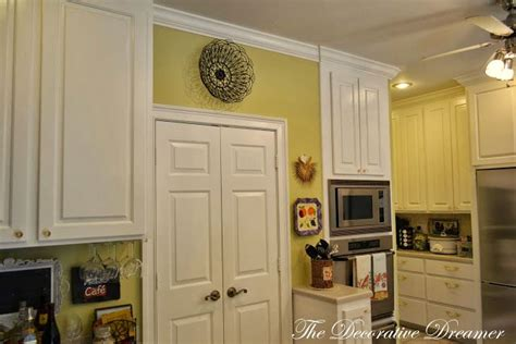 lucent yellow by sherwin williams room colors