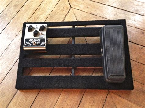 homemade pedal board design diy pedalboard image 693128 audiofanzine
