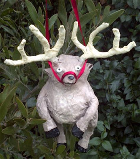 Paper Mache Reindeer Craft - crafty beanut mini paper mache reindeer for the