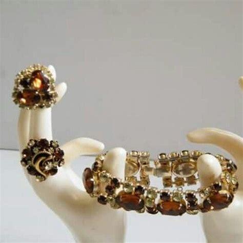 Florenza Set this vintage florenza set features sparkling and