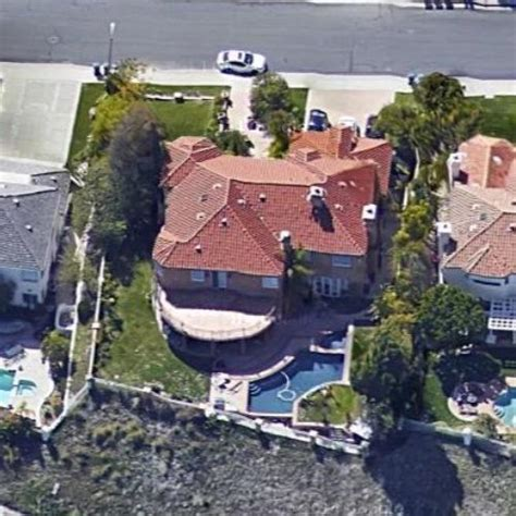 eazy e house eazy e s house former in calabasas ca google maps virtual globetrotting