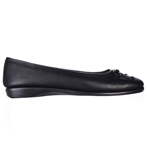 comfort black flats aerosoles teashop comfort ballet flats in black lyst