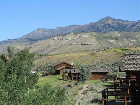 Jackson Hole Log Cabins: Goosewing Ranch   Cowboy Cabins
