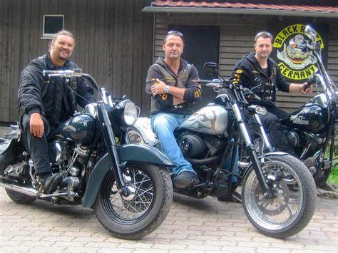 Motorrad Clubs by Biker Halten Zusammen Waldkirch Badische Zeitung