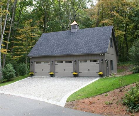 3 car garage ideas best 25 3 car garage ideas on pinterest carriage house