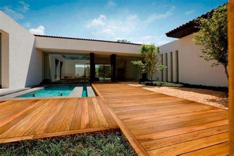 pavimento legno giardino pavimenti in legno per esterni