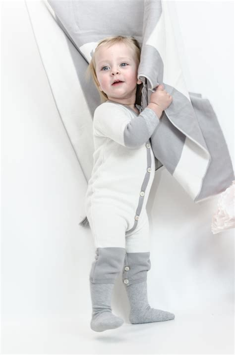Decke Grau Weiss by Baby Decke Daydream Believer Wei 223 Grau Nyani Made With