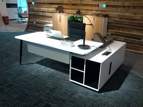 things on a ceo desk 10 must things to about office furniture before you buy