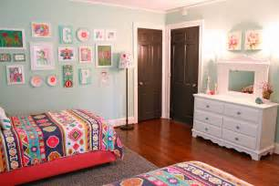 Decorating Ideas For 8 Year Bedroom Home Transformation The Room Update Sourjones
