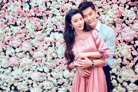 li chen puts  ring  fan bingbings finger    birthday women entertainment news