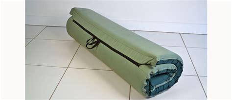 roll up bed zipit roll up beds the zipit roll up foam mattress