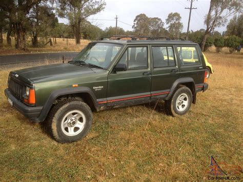 how cars work for dummies 1996 jeep cherokee lane departure warning jeep cherokee sport 175000k s 1996 4 sp automatic 4x4 4l electronic in mount annan nsw