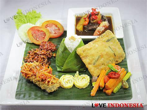 Paket Ramadhan 2 sambut bulan puasa dengan paket menu ramadhan spesial di