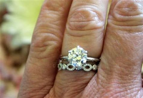 tiffany swing ring any pics of this tiffany swing ring on hand weddingbee