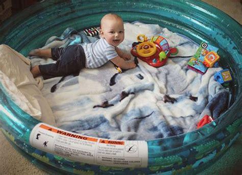 outdoor lounge   kiddie pool