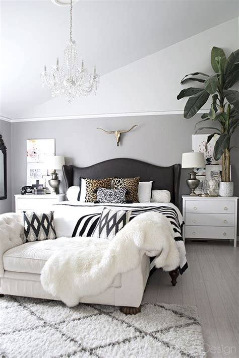 bedroom decorating hacks ideas   energize  bedroom