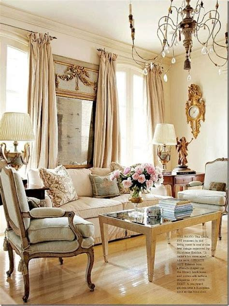 antique living room ideas 25 best ideas about antique living rooms on pinterest