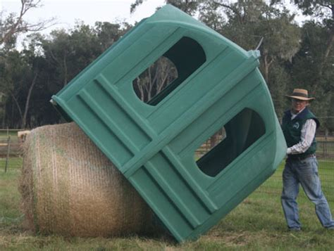 hayhuts horse hay feeder | covered, round bale feeder