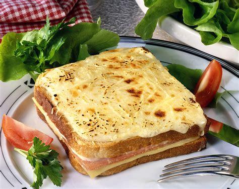 noix de muscade cuisine croque monsieur bechamel 224 la noix de muscade un classique