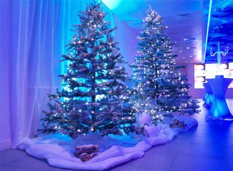 blue and white lights on tree blue and white tree lights sofa cope