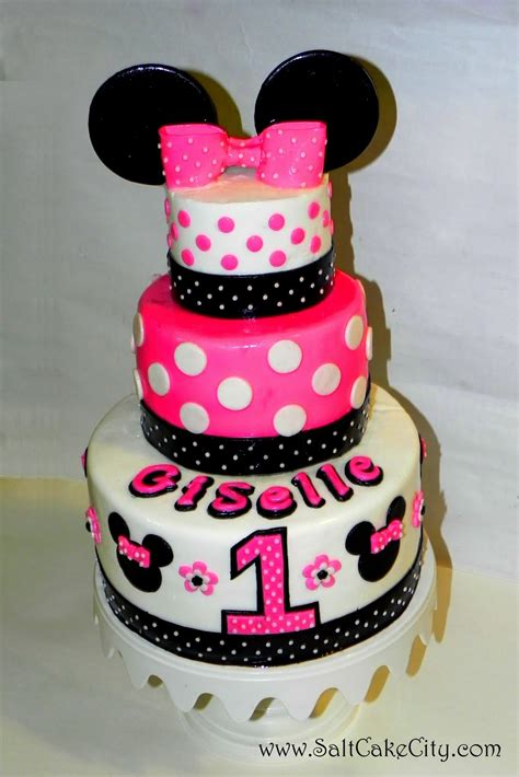 minnie mouse cake ideas shadow letters