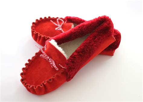 Handmade Slippers For - the moccasin slippers for handmade leather shoe