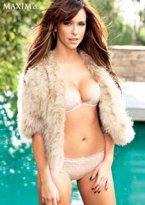 check out the hottest photos of jennifer love hewitt maxim