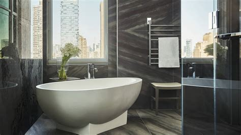 luxury hotel nyc  manhattan  seasons hotel