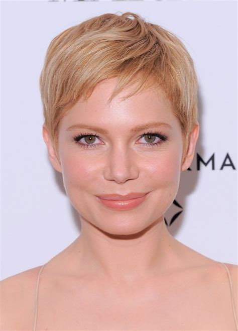 short pixie cute pixie haircuts and short blonde on pinterest cute short blonde pixie hairstyle with side swept bangs