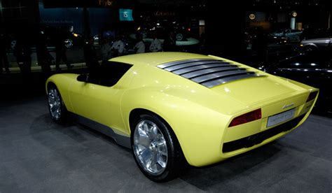 Lamborghini Miura Headlights Looks Like The New Lamborghini Miura Has New Headlights
