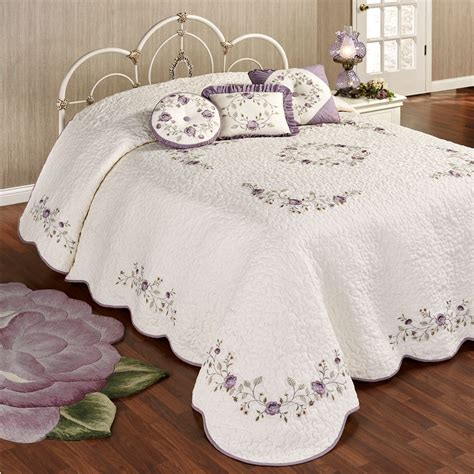vintage comforters and bedding vintage bloom lavender grande bedspread bedding