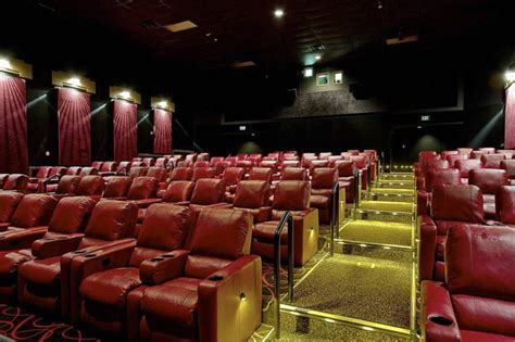 Amc Southroads 20 Putting Recliners In Auditoriums At
