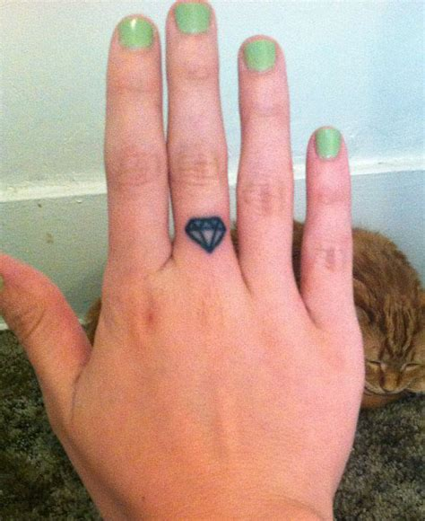diamond tattoo on the finger bethany cosentino tattoos steal her style
