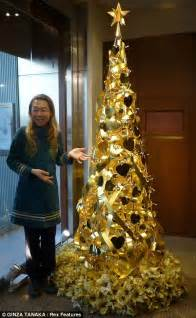 World s most expensive christmas tree the pure gold christmas tree