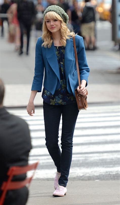 emma stone street style 2017 is emma stone the taylor swift of the acting industry