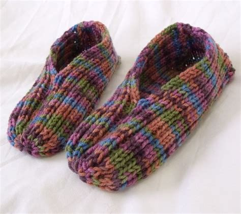 how to knit booties for adults 25 best ideas about knit slippers pattern on