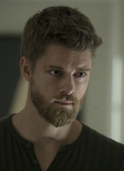 How To Fit A Roman Blind Blindspot Season 2 Preview Luke Mitchell On Jane Roman