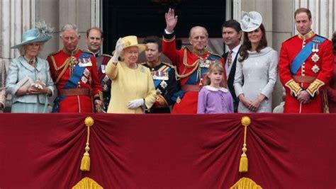 casa reale inglese famiglia reale inglese libri diana william e kate
