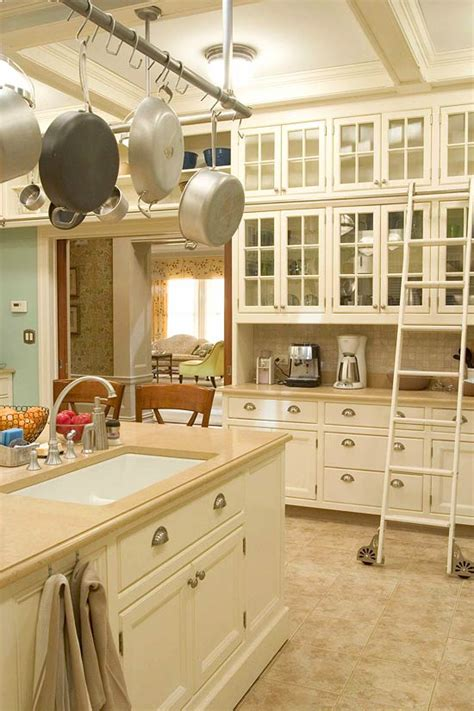 creamy white kitchen cabinets design ideas for white kitchens traditional home