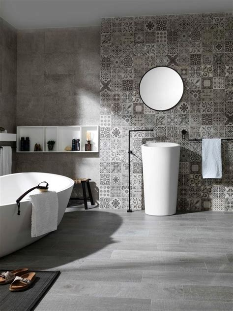 bathroom tile feature ideas 83 best grey bathrooms images on modern