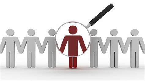 Study Human resource management abroad   HR   KILROY education