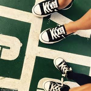Converse Shoe Logo Green Background 0190 Casing For Xiaomi Redmi Note 1 beyonce and blue show matching black converse shoes daily mail