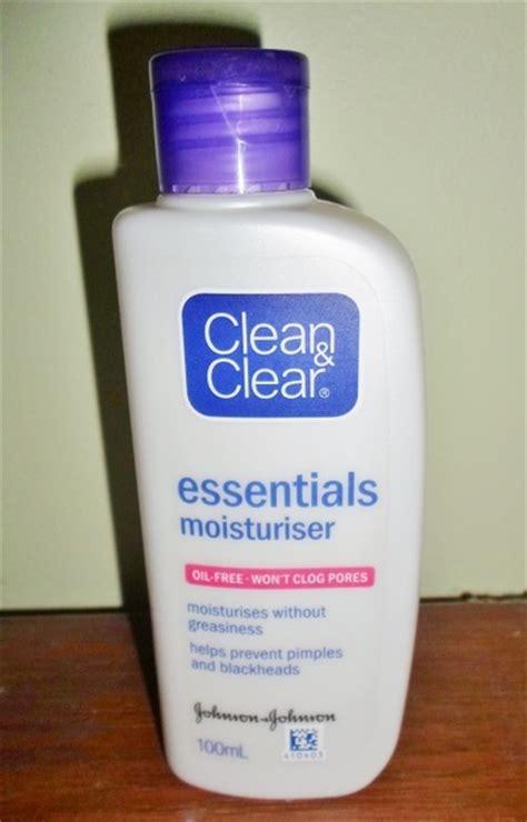 Harga Clean Clear Essentials Moisturiser clean clear essestials moisturiser review review clue