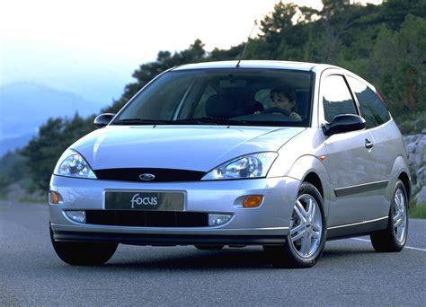 volvo hatchback 1998 mojagaraza ford focus hatchback 1998 2004 mojagaraža
