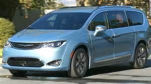 Minivan Chrysler Chrysler S New Minivan Of The Future Jan 11 2016