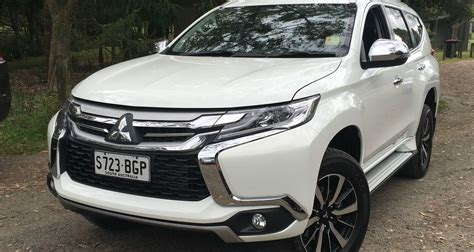 mitsubishi pajero sport 2016 2016 mitsubishi pajero sport review gls and exceed